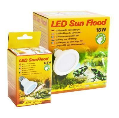 LED  sun flood 18 watt lucky reptile  44.90€