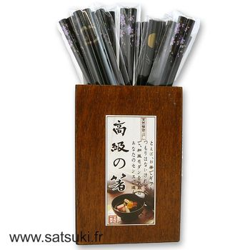Pairs of wooden chopsticks black prints - Store only