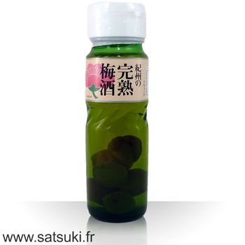 Umeshu with plum 700ml