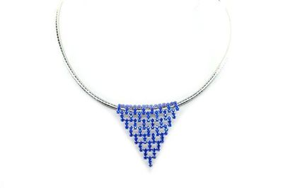 Collier triangles pierres bleues