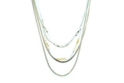 Collier IKITA mutilples chaines grises perles
