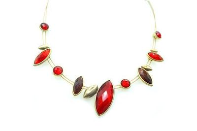 Collier IKITA pierres amandes rouges cables