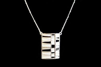 Collier IKITA rectangle émail blanc chaine