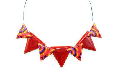 Collier IKITA triangles émail rouges
