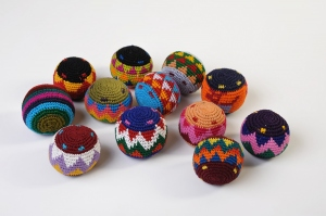 Balle rasta multicolore - lot de 12