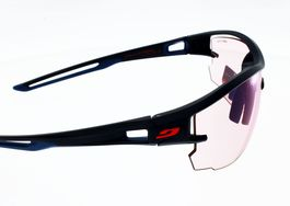 "Lunettes de Soleil JULBO AERO Bleu  zebra light red ""reactiv photochromic"""