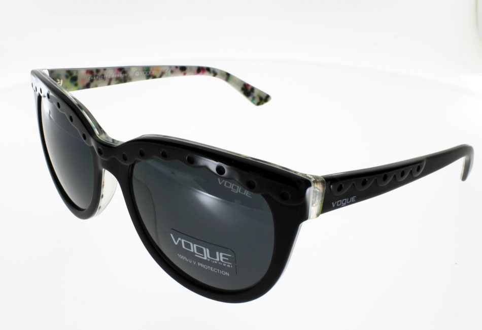 VOGUE 2889S by  Charlotte Ronson