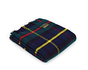 Hunting McLeod tartan throw