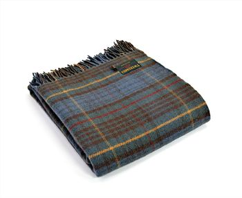 Antique hunting stewart tartan throw