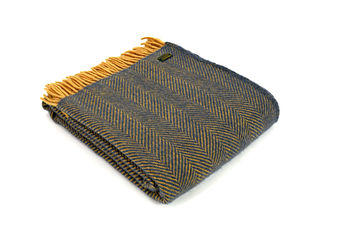 Lifestyle herringbone Navy/mustard throw