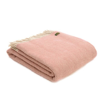 Lifestyle herringbone Dusky pink/pearl throw