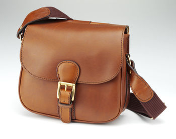 Mahogany cartridge bag