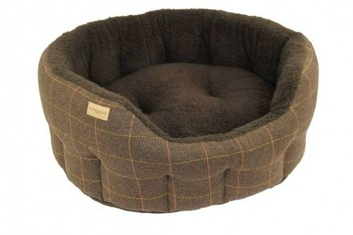 paniers pour chien en tweed. Black Bedroom Furniture Sets. Home Design Ideas