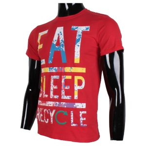 "T-shirt rouge à col rond ""EAT SLEEP RECYCLE"" effet éclaboussure"