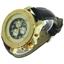 Montre type chronographe orenementée de strass