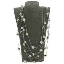 Assortiment collier sautoir multirangs en multiples perles
