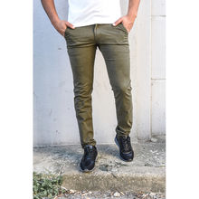 Pantalon chino coupe semi-slim uni kaki taille 28-34