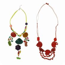 Assortiment collier long type sautoir ethnique en bois de coco