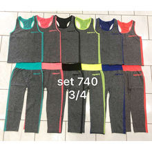 Ensemble de sport fluo : débardeur + leggings 3/4