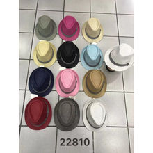 Assortiment chapeau trilby en papier à galon fantaisie