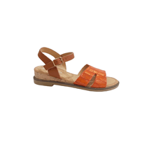 Sandale en simili cuir orange embossé aspect croco