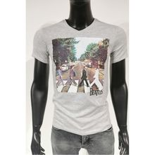 T-shirt gris à imprimé the beatles traversant la rue