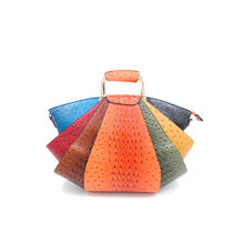 Sac à main éventail orange aspect croco multicolore