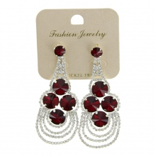 Assortiment boucles d'oreille pendantes serties de strass