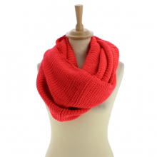 Snood à triple tours en acrylique coloris corail
