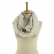 Snood blanc en acrylique tricoté à triple tours