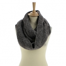 Snood marron en acrylique tricoté à triple tours