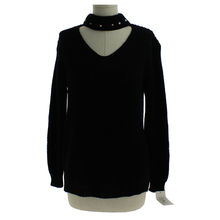 Pull col chocker orné perles manches longues noir