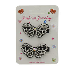 Assortiment barrette papillon ornée de strass brillant