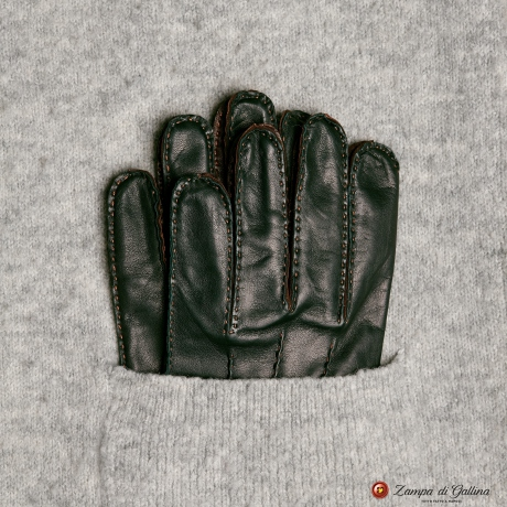Green Handstitcked lambskin gloves with silk lining