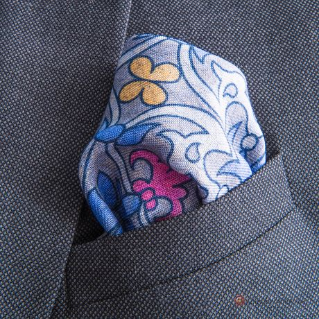 Double-sided Grey with flower patterns Calabrese 1924 hand-tipped Pocket square
