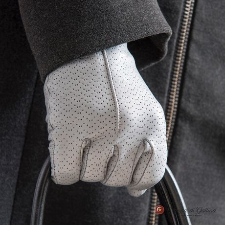 Pearl Grey lambskin gloves with cashmere lining for women