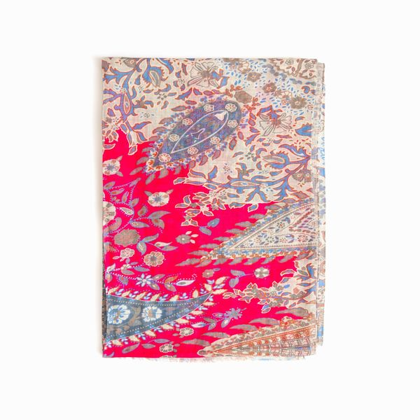 Zampa di Gallina Cotton and Linen Scarf with Beige Paisley Patterns
