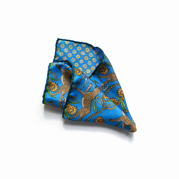 Double-sided blue with animals patterns Calabrese 1924 hand-tipped Pocket square
