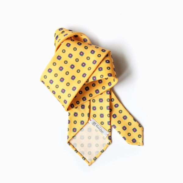 Yellow with Ancient Madder patterns Calabrese 1924 necktie