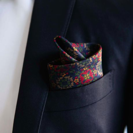 Double-sided blue with paisley patterns Calabrese 1924 hand-tipped Pocket square