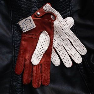 Omega lambskin and crochet-work driving gloves