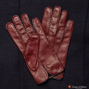 Burgundy Handstitched lambskin gloves with silk lining