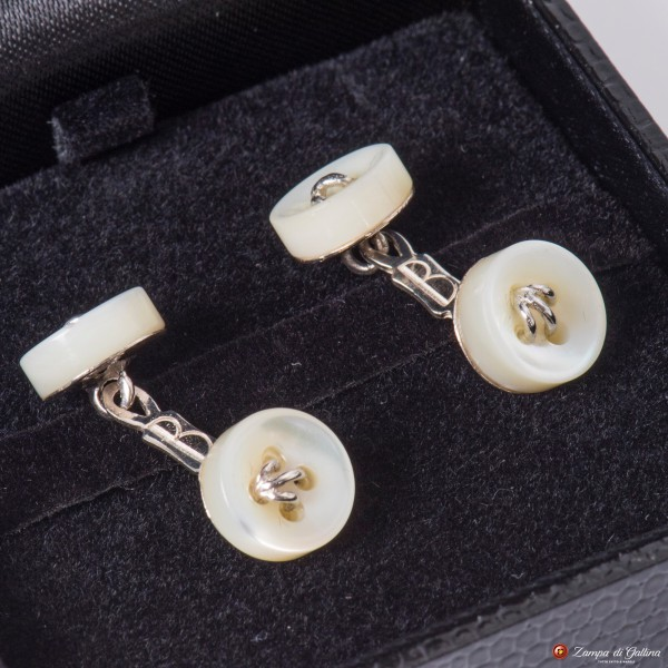 White Cufflinks Mother-of-pearl and Silver