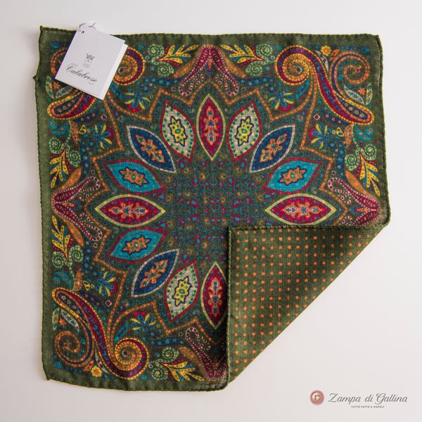Double-sided Green with paisley patterns Calabrese 1924 hand-tipped Pocket square