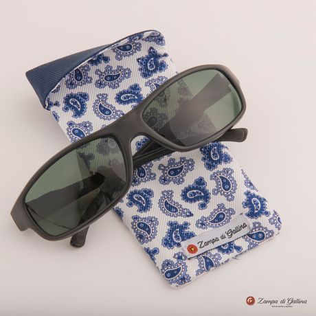 White with blue paisley patterns double-sided Eyewear Pocket Square